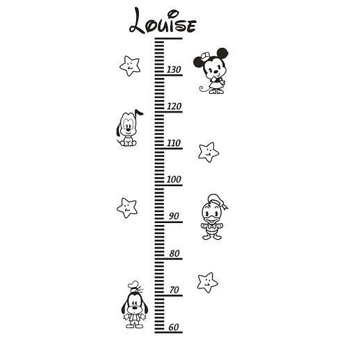 Toise Minnie et ses amis