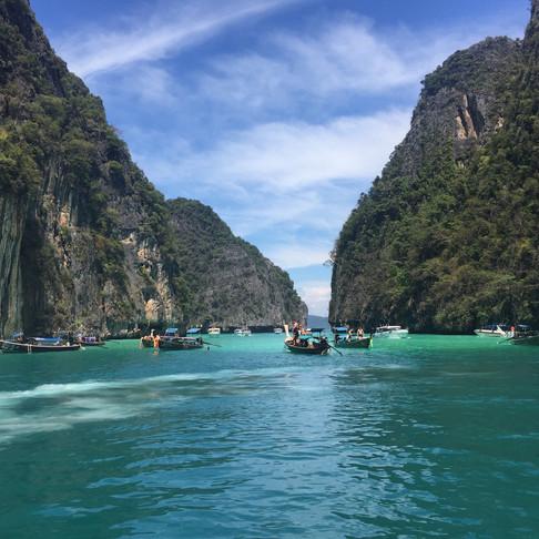 Phuket: Outrigger Laguna Phuket Beach Resort Review