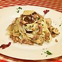サルシッチャとポルチーニ茸のソース