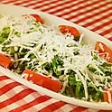 トマトとグラナパダーノのサラダ(2人前)