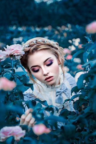 alina_phillips-rose_garden-05.jpg