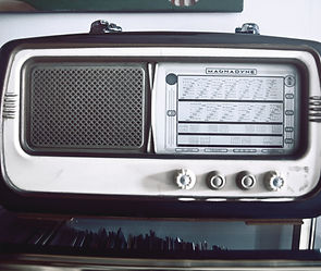 music-old-radio-1539.jpg
