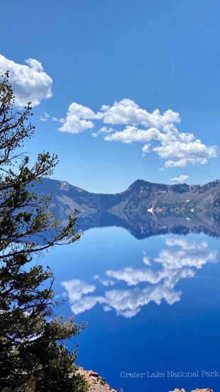 Crater Lake blue is real