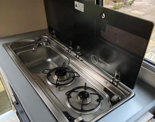 Go-Pod sink & hob open