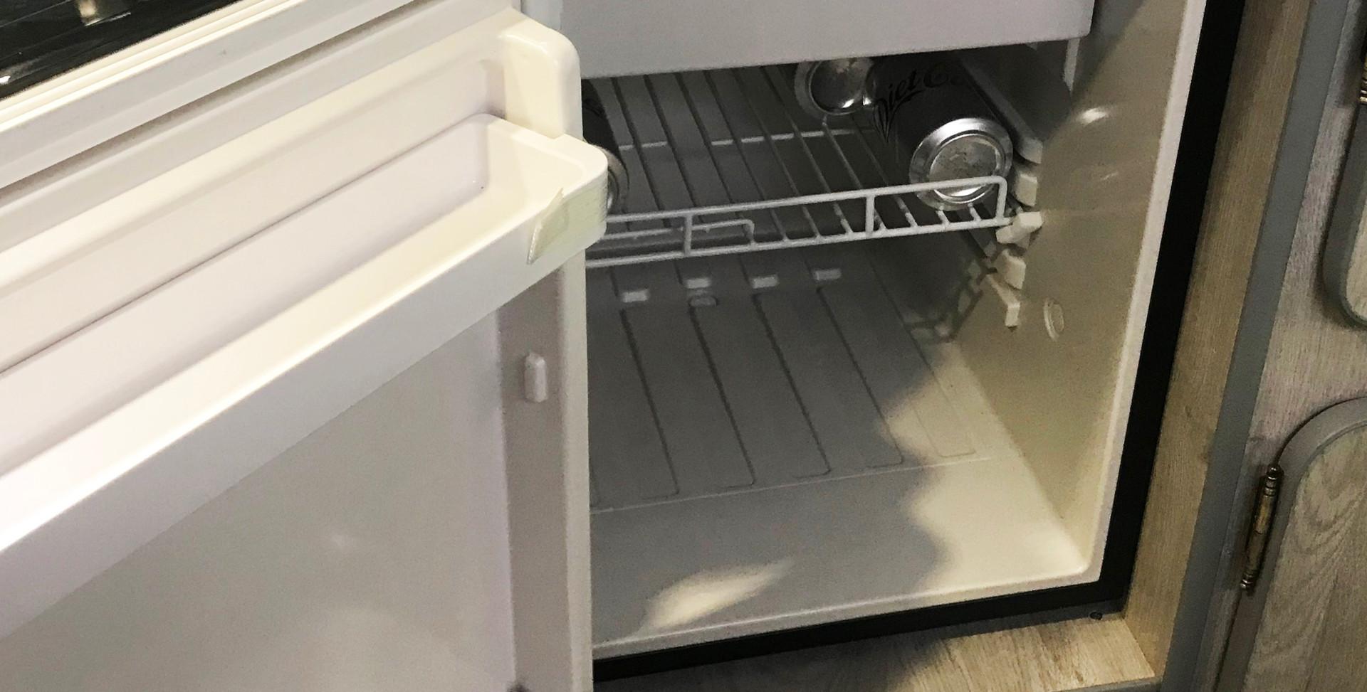 Go-Pod front opener compressor fridge - CRE50