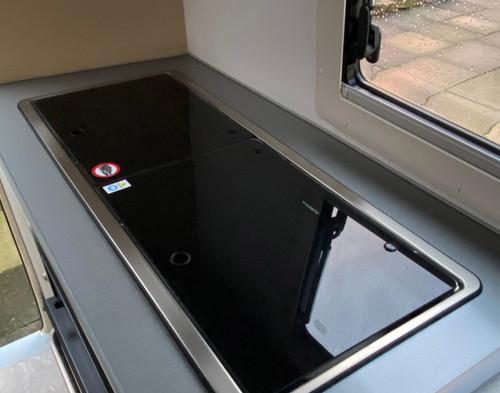 Go-Pod sink & hob closed