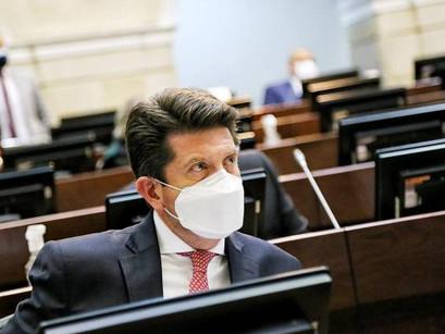 Álgido debate de moción de censura a Diego Molano, ministro de Defensa, en la Cámara
