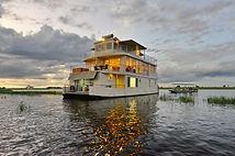 Das Chobe Hausboot auf dem Chobe River.
