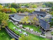 Die schön angelegte Ilala Lodge in Victoria Falls.
