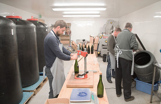 Disgorging the champagne style cider