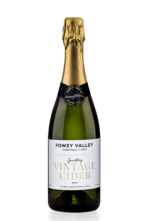 750ml bottle of Fowey Valley Sparkling Vintage cider in champagne bottle