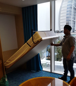 HOTEL EXTRA MURPHY BED