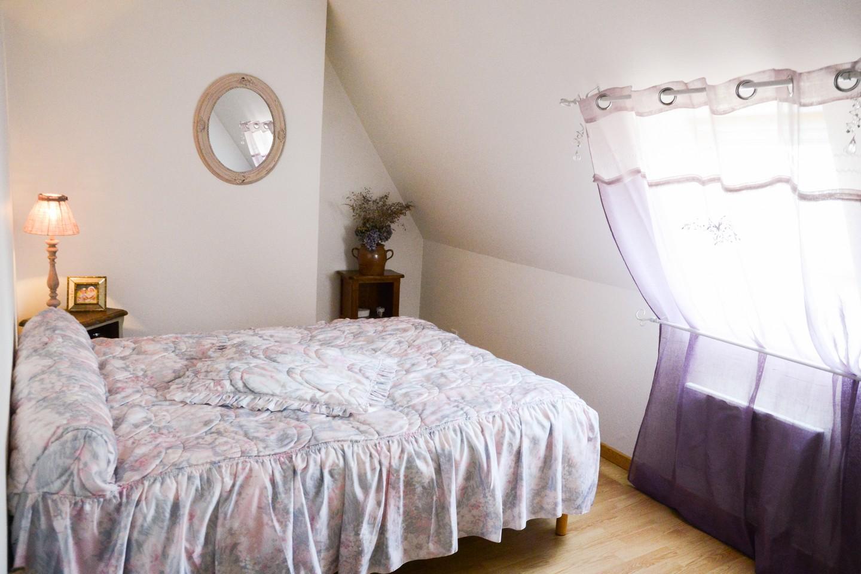 Chambre violette Loupradelou