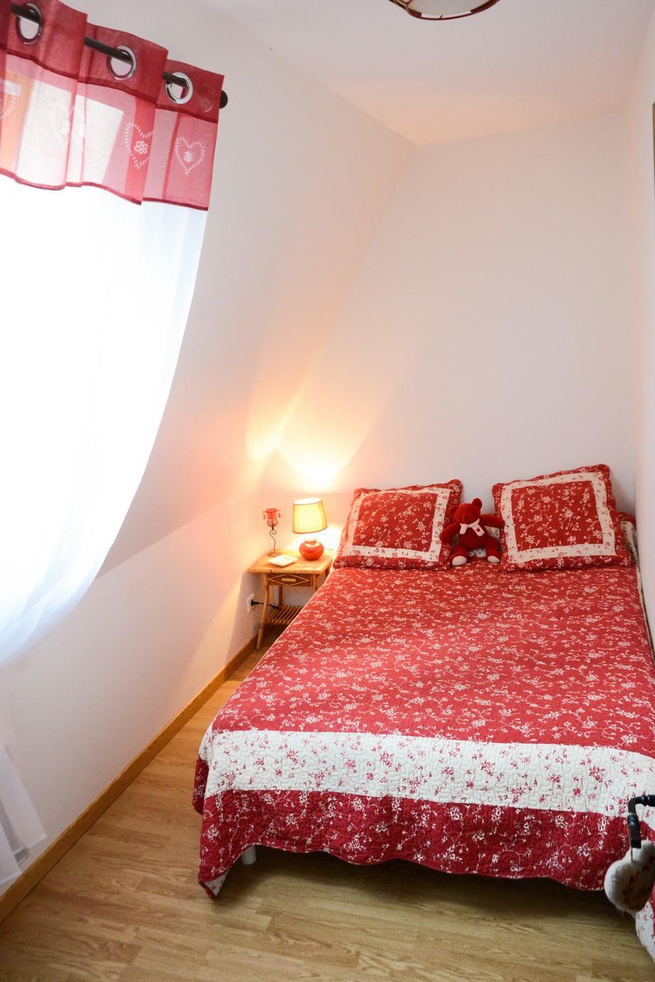 Chambre rouge Lopradelou