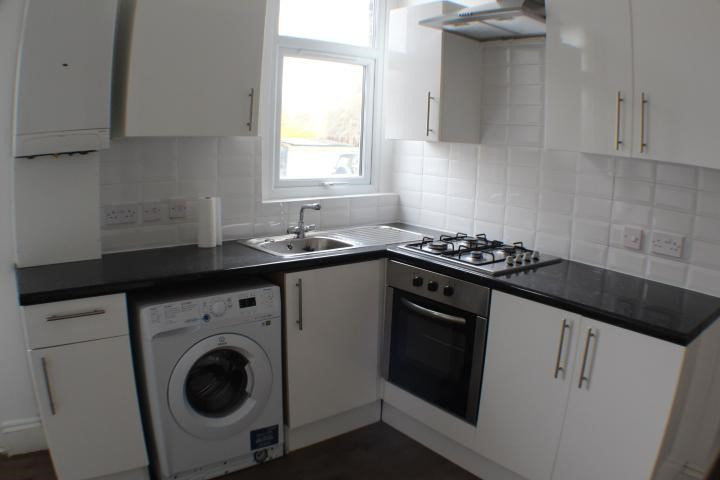 NOW LET- Brisbane Road, Ilford £1200 PCM