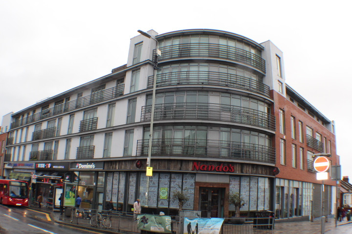 TO LET-  THE ODEON, BARKING £1045 PCM