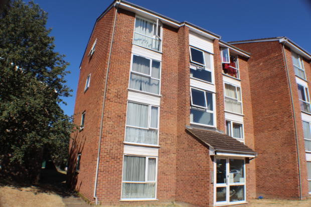 NOW LET- Dellow Close, Newbury Park £850 PCM