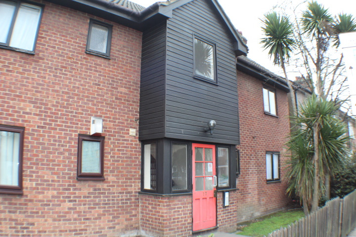 NOW LET- MALLARD COURT, ILFORD £725 PCM