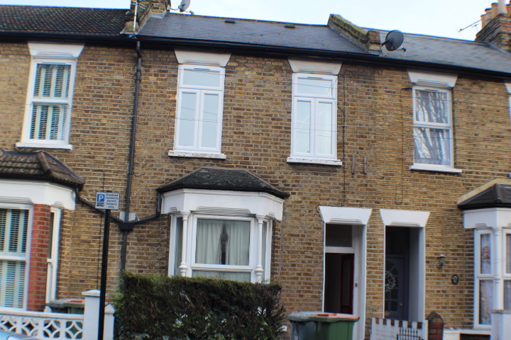 NOW LET- TYLNEY ROAD, FOREST GATE £1075 PCM