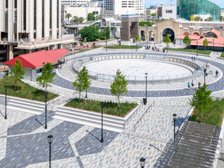New Orleans Spanish Plaza - DuraTrench Shallow Trench Drain Solution