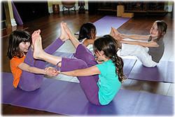 yoga-for-children partner pose pic
