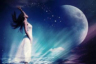 full-moon-woman-astrology-700x467.jpg