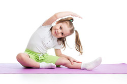 kids-yogaseated side stretch pic