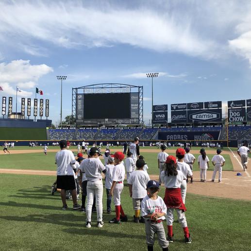 Tony Reagins Nombrado Director de Desarrollo de MLB