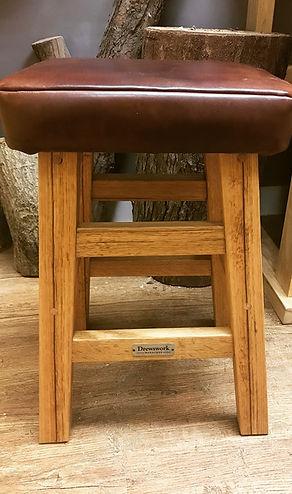 D stool17.JPG