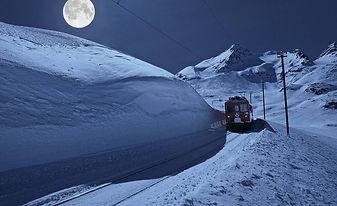 RhB満月列車1.jpg