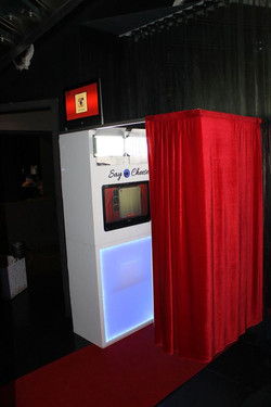 Chic booth