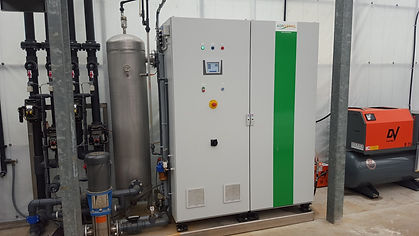 Aquazone 300 c/w 7.5Hp Screw Compressor