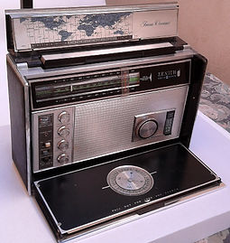 ZENITH Trans-OceRadio Hifi stereo, Westinghouse Aeriola Junior, Perikon detector, cat whisker contact, Kenman 5, Kenman Five, Kenman Electric Co., TRF radio receiver, UV201A, Regency TR-1 first transistor radio, Lafayette Guardian 5000,anic Royal D7000Y
