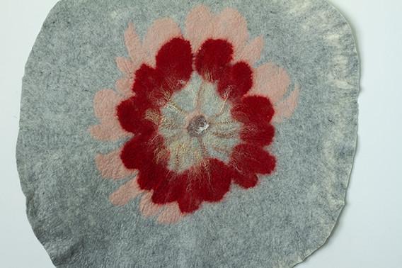 breast tissu carpet