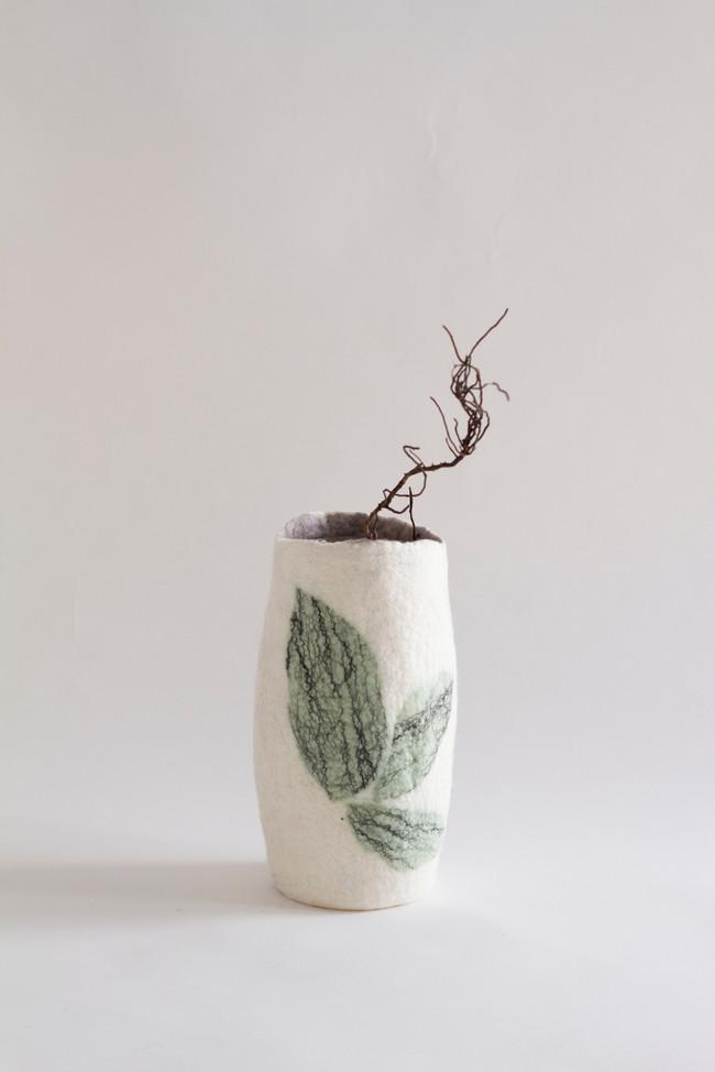 medume cylinder, botanic motif