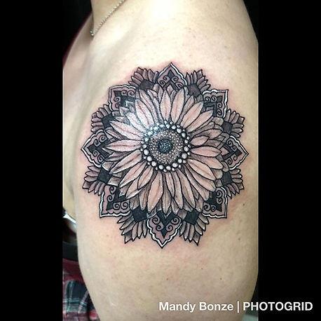 Sunflower mandala I made today on __kitt