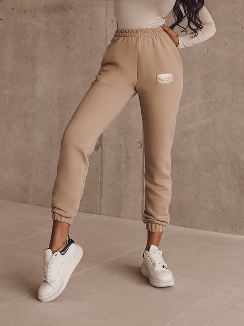 TROUSERS SPORTY LOOK