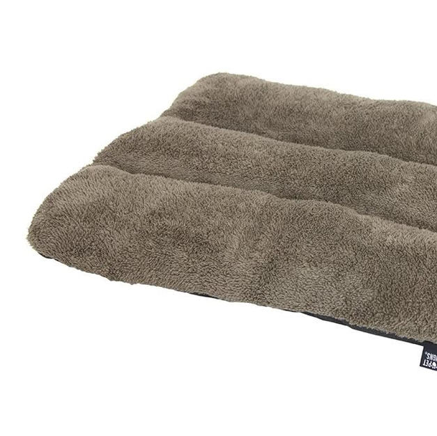 Airlane Crate Waterproof Pet Bed no Skid Bottom 28in