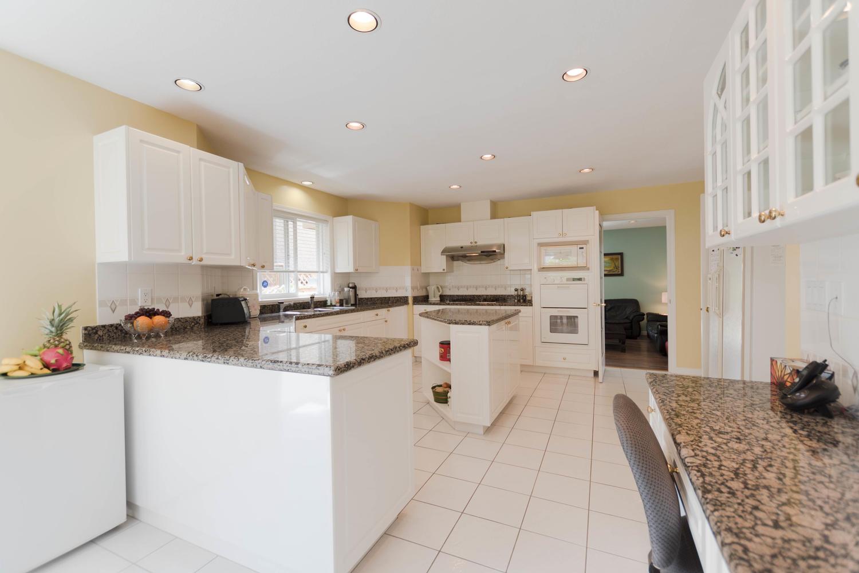 7280 Broadmoor Blvd Richmond-large-009-2-Kitchen-1500x1000-72dpi.jpg