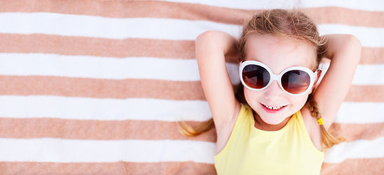 Kid with sun glasses