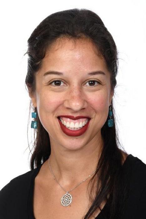 Tara headshot.jpg