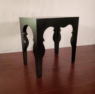 Black end table.jpg