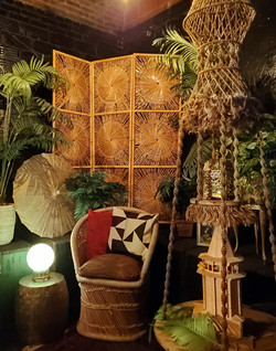 Eucalypus Lounge