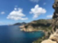 Landschaft Meer und Berge.jpg