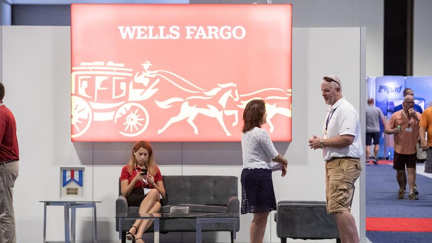 Wells Fargo exhibiting at Dealer Week 2019.