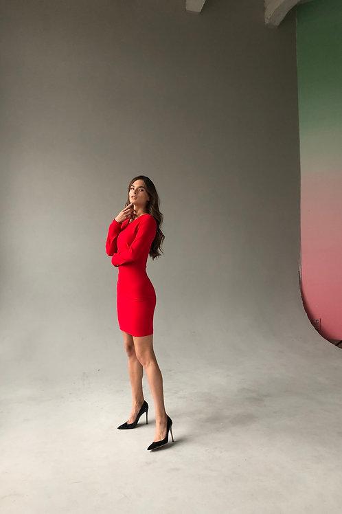 Платье-футляр длины мини с рукавом