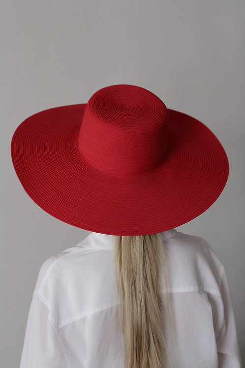 Hat with wide pent
