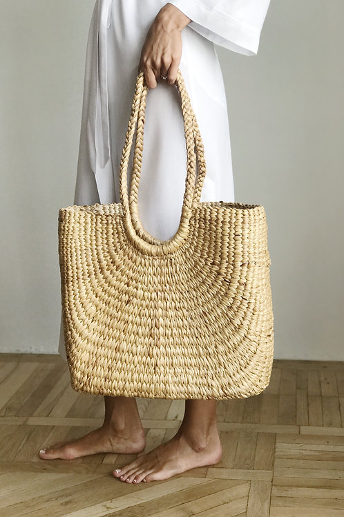 Straw bag-shopper with handles made of straw