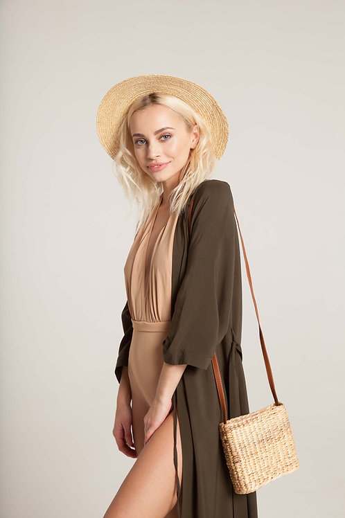 ПАЧЕ ЛЕТО: кимоно + купальник с глубоким декольте + шляпа + сумка с ремешком