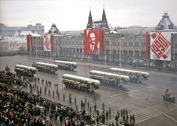 USSR-1990-military-parade-red-square-284